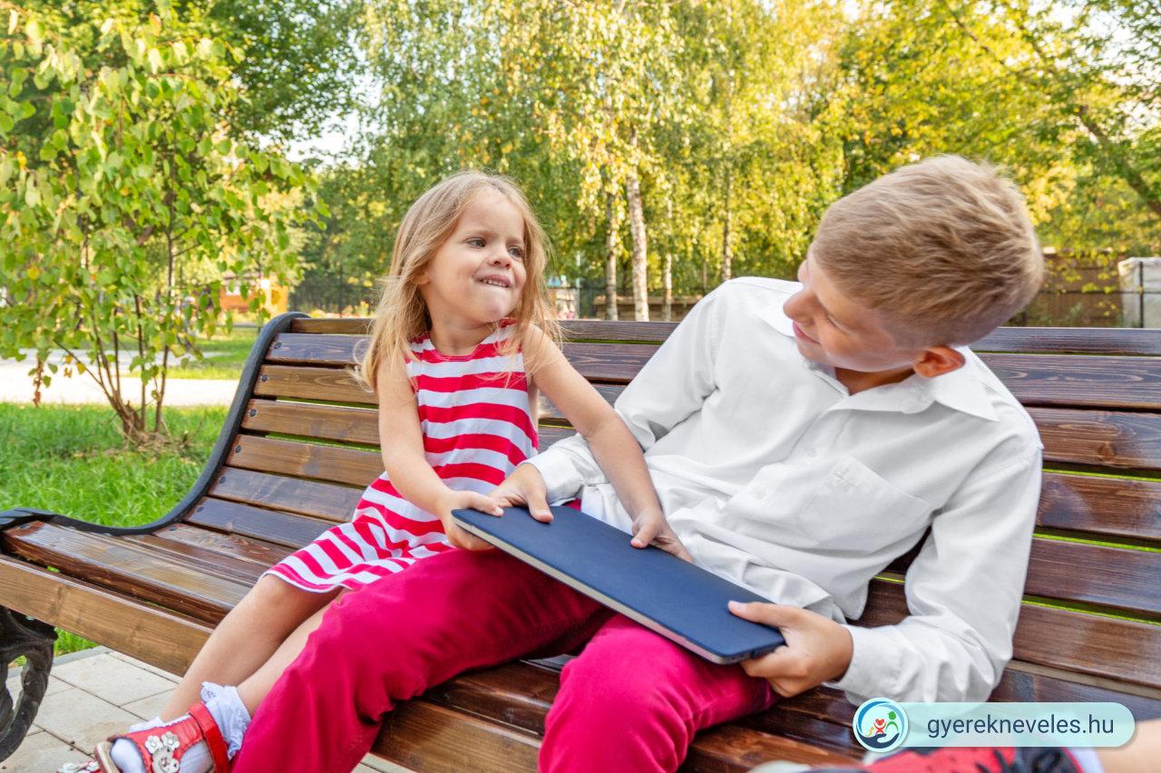 Testvér bántalmazás? - Jobb megelőzni! - Novák Ferenc írása a Gyereknevelésben