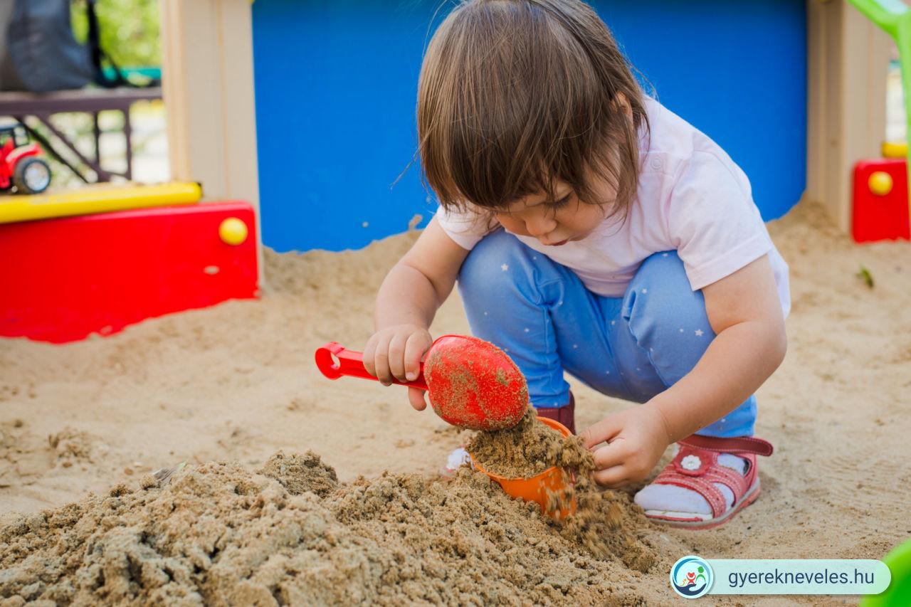 Játszótéri viselkedés - Gyereknevelés - Novák Ferenc