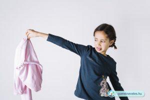 Öltözködés hiszti és elkésünk az oviból! - Gyereknevelés