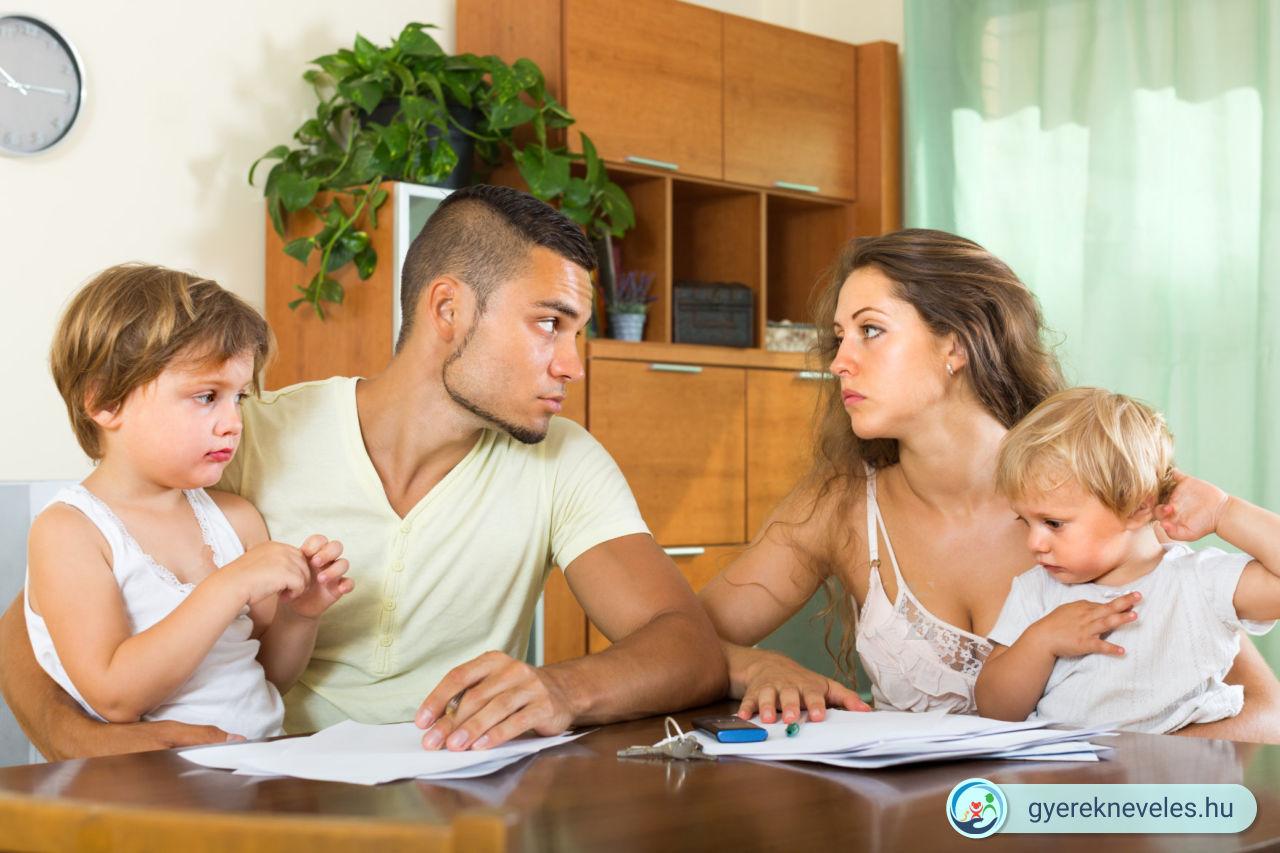 Milyen sérüléseket okoz a gyereknek, ha a szülők előtte vitatkoznak problémáikról?