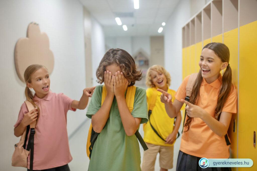 A bullying egyik fő terepe az iskola. Technikák zaklatás ellen a Gyereknevelés Portálon