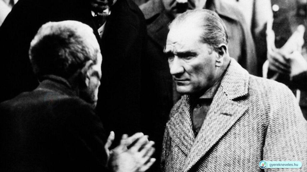 Mustafa Kemal Atatürk - A gyermeknap kitalálója